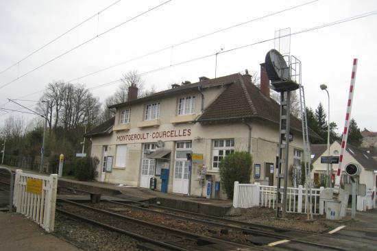 Gare de Montgeroult- Courcelles