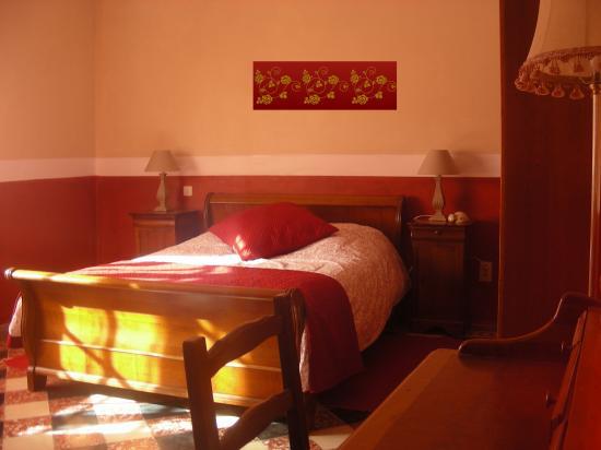 La chambre rouge for Chambre romantique rouge