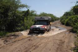 passage difficile sur la piste allant de Awash a Dire Dawa