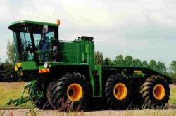 Agricultural tractor Hemos