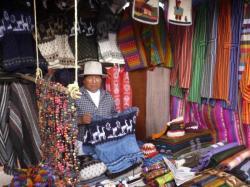 Mi amigo Alberta con quien el intercambio es muy sencillo! - Otavalo