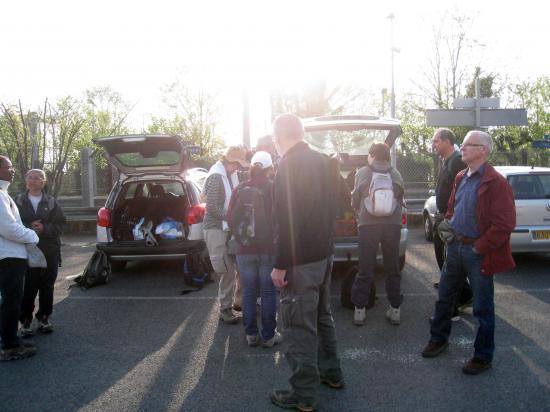 Parking de la gare à Parmain