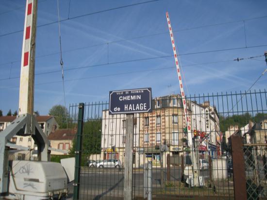 Chemin de Halage à Parmain