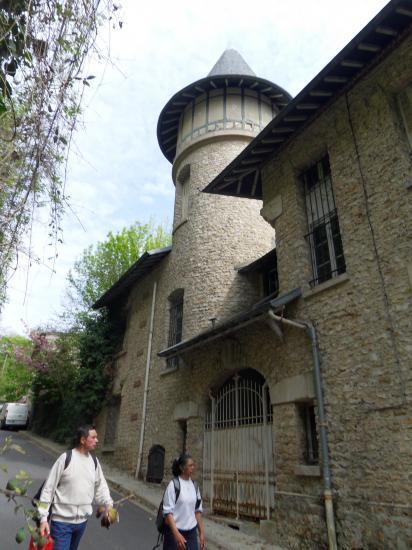 Maison à tourelles à Parmain