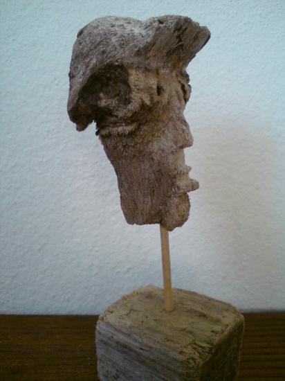 Trombine en bois flotté sculpté