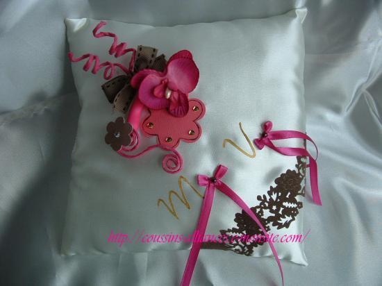 ensemble ivoire fushia chocolat