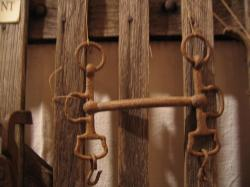 Mors de cheval Coll. Privée Ecomusée. Les Outils des Anciens.