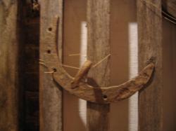 Etalon de mesure de fer à cheval Coll. Privée Ecomusée. Les Outils des Anciens.