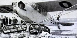 Piper Aircraft with tracks of Bonmartini