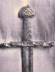 """Epée dite """"de Charlemagne"""" ayant servi  au sacre des rois de France."""