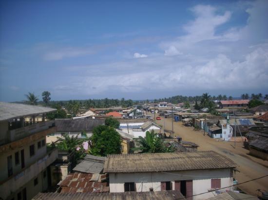 Grand-Bassam depuis les toits