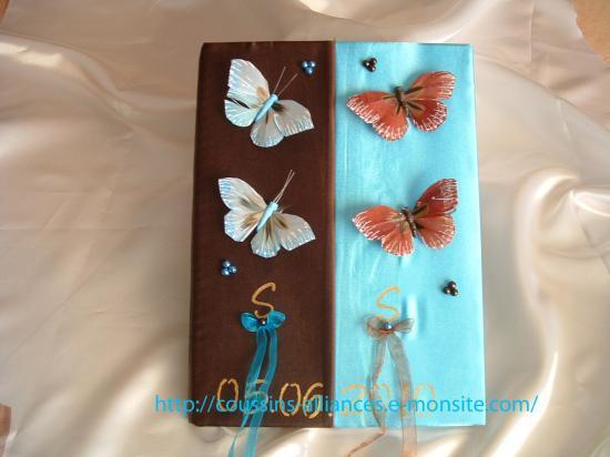 livre d'or chocolat turquoise avec papillons